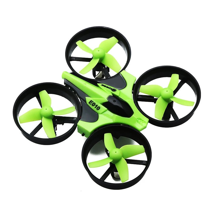 Eachine E010 mini drón